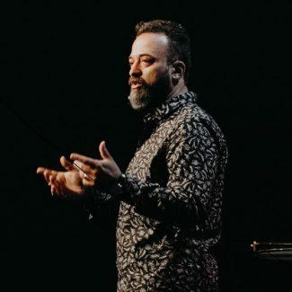Pastor-Luis-min